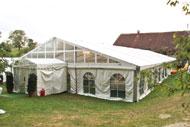 Beispiele zu unseren Großraumzelte mit 15 Meter Giebelbreite